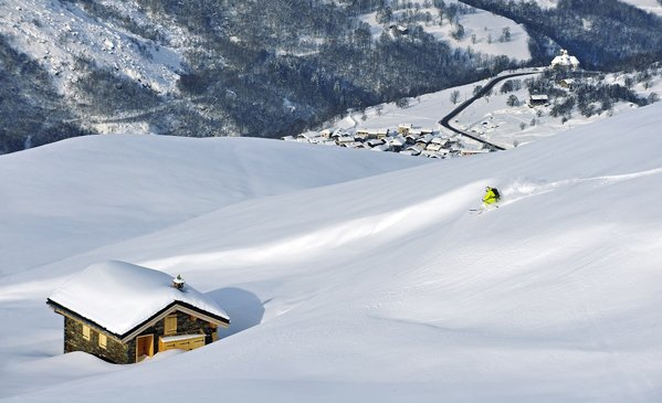 5 top tips for skiing fresh powder!