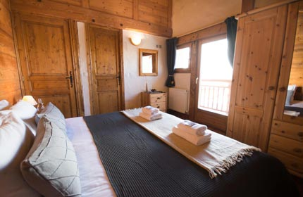 Another one of our luxury bedrooms, all with en-suite facilities