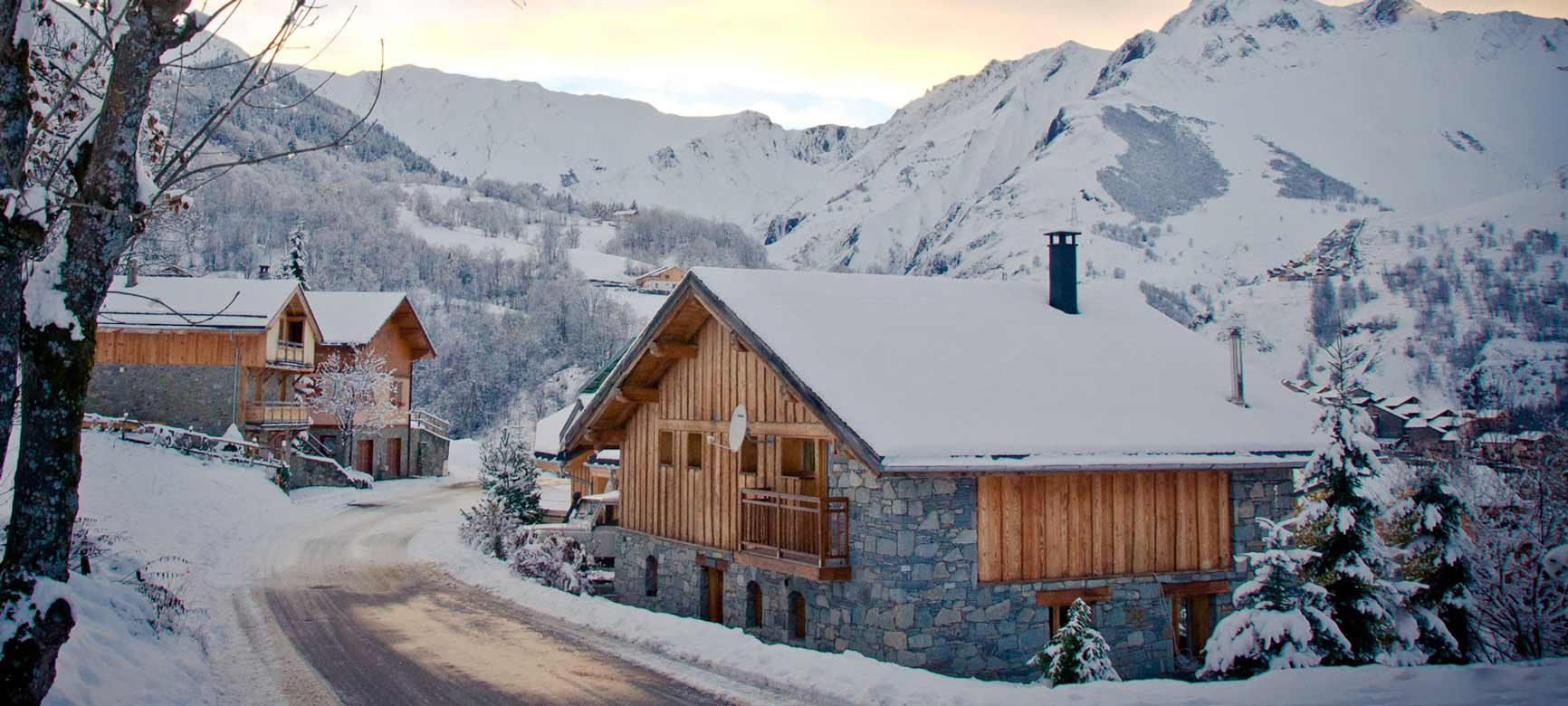 Chalet Alpage - Our Rustic and Charming Catered Chalet