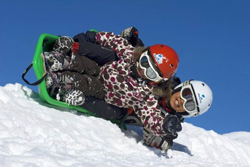 During your easter ski holiday, why not try the Roc n Bob toboggan in Les Menuires