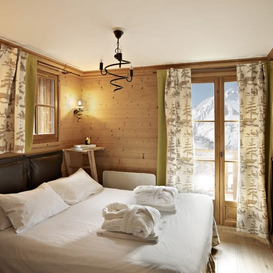 Luxury bedrooms can be made up as Double or Twin